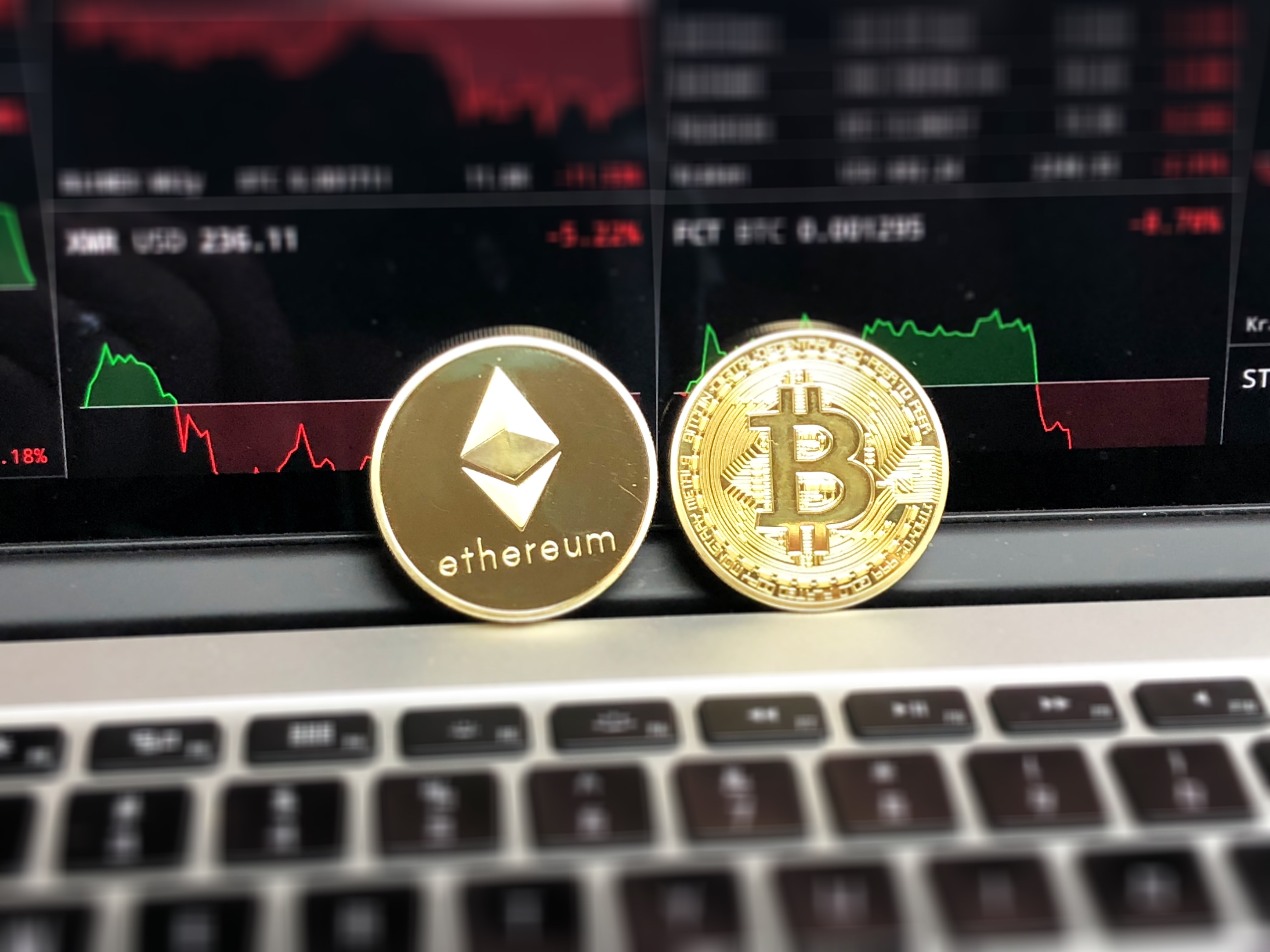 bitcoin_ethereum_coins